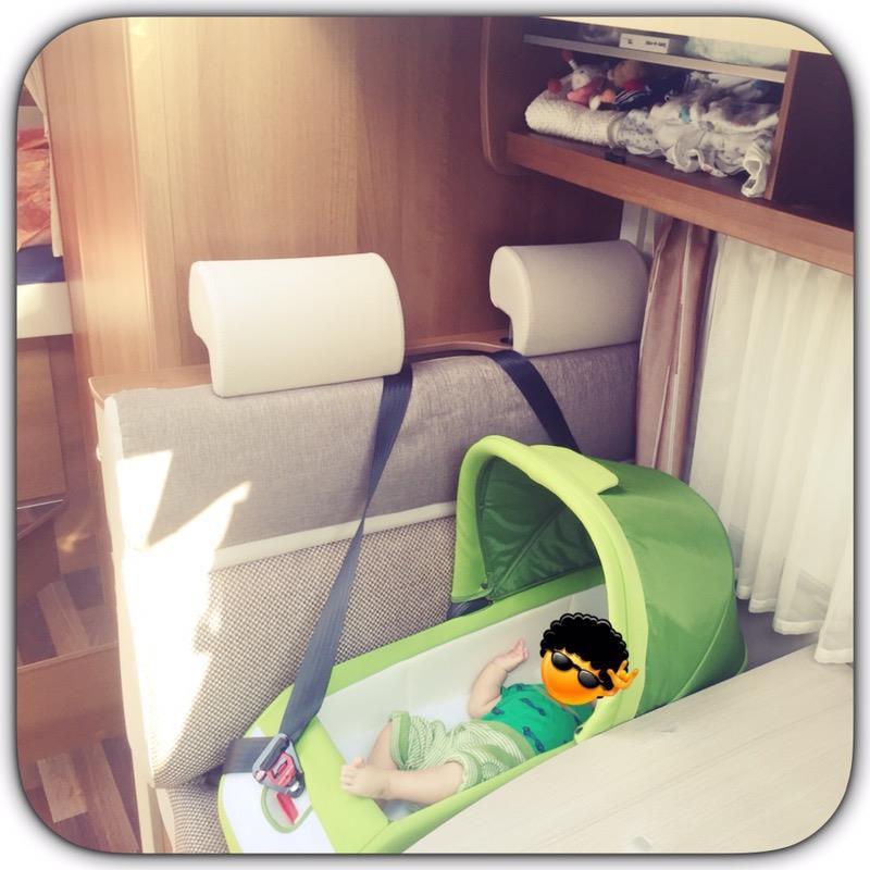 Kinder-Liege-Autositz von Inglesina im Test