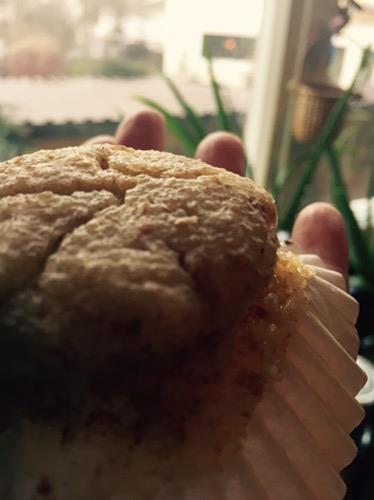 Kuchenerbse backt – vegane Griespuffer