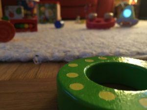 Außen kalt, innen warm: Spiele und Beschäftigung für Babys und Kinder bei schlechtem Wetter