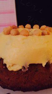 Macadamia-Kuchen mit Frosting: Möhrig-nussig-gut