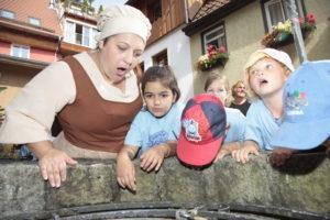 Kinderhelden im Interview: Die Knöpfleswäscherin