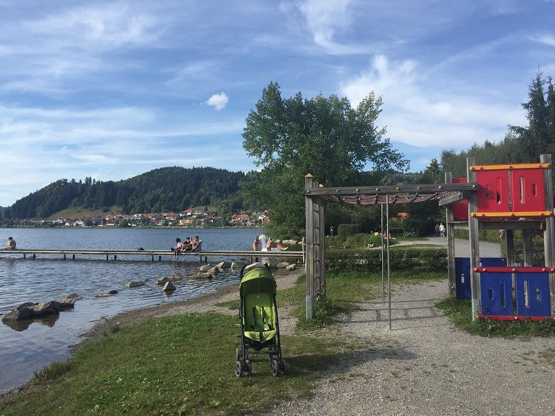 Hopfen-am-See-Kinder_Hopfensee_Allgäu-Familienurlaub