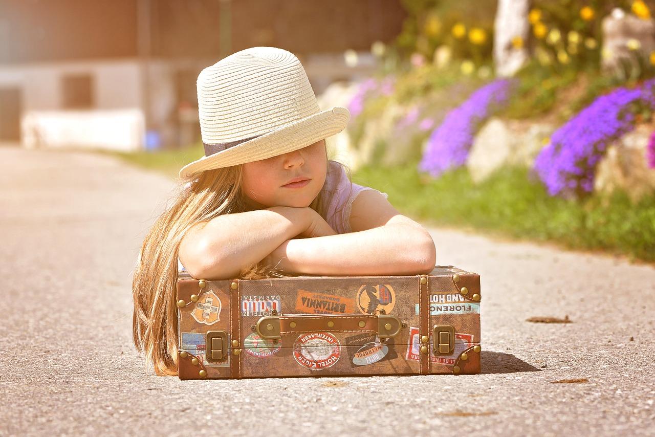 Reisen mit Kindern – So findest du den richtigen Kinderkoffer [Werbung]