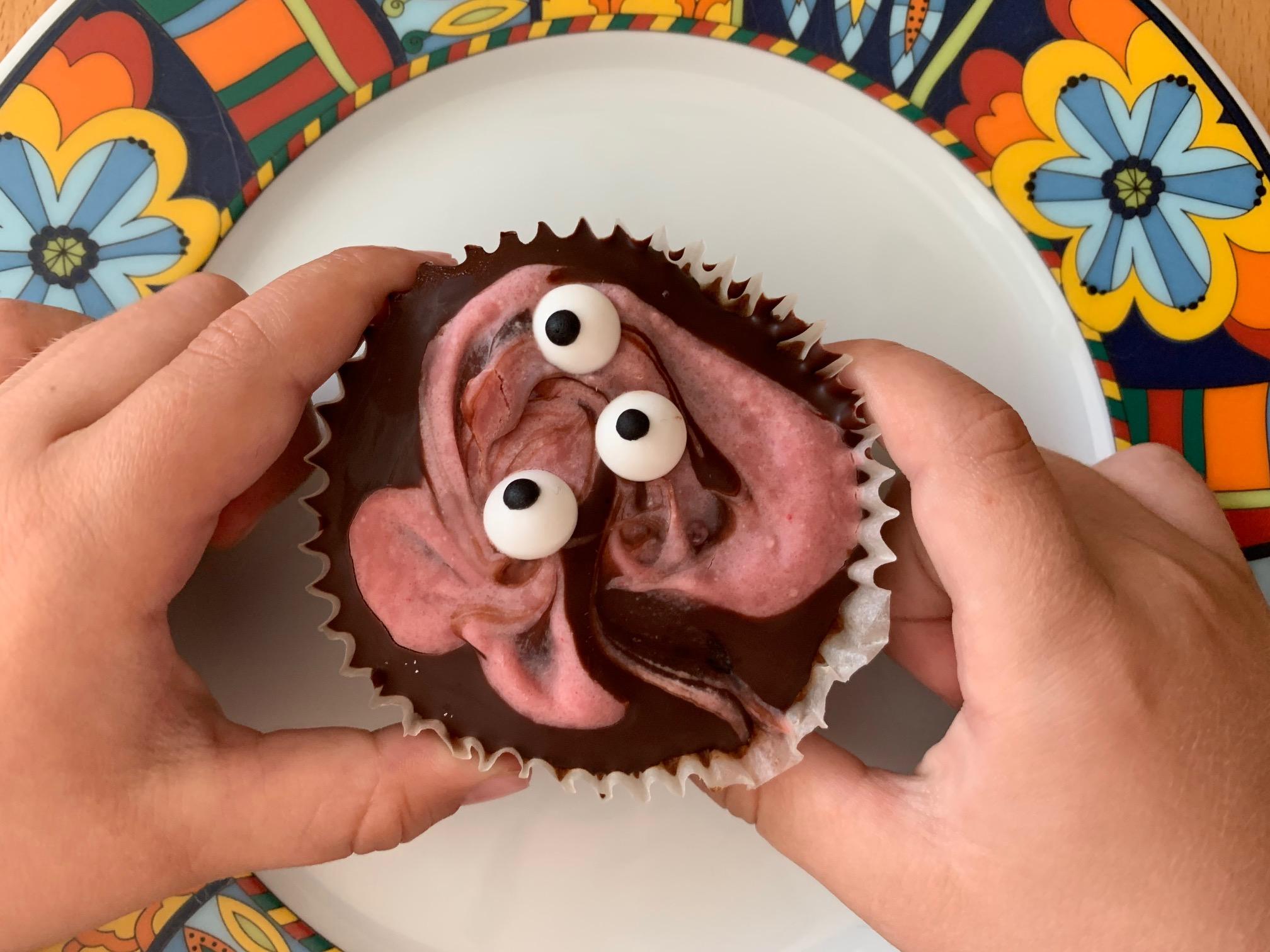 Schaurig-schön: Halloween-Rezept für Kinder – gruselige Muffins ohne Zucker
