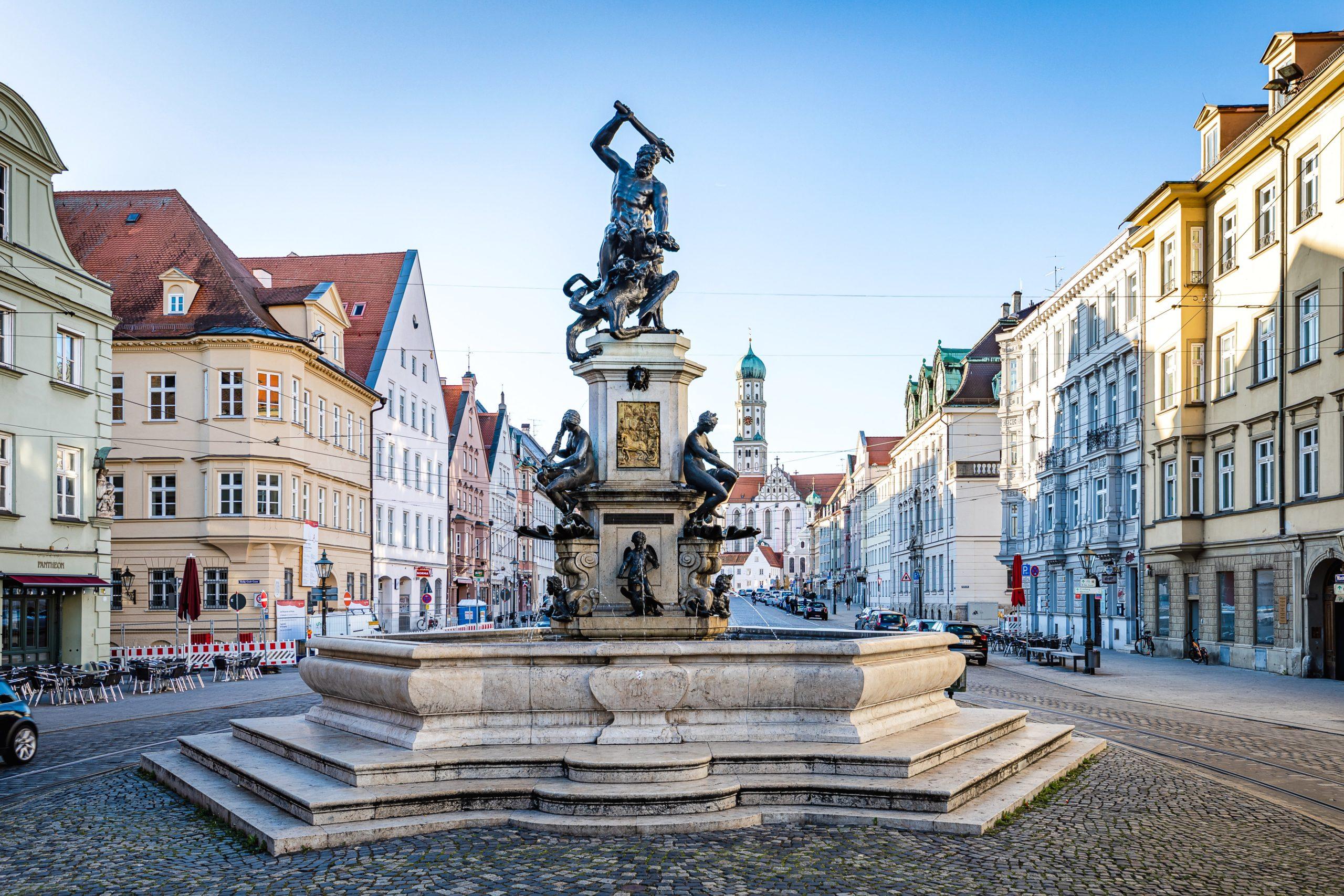 Familienausflug mit Kindern – Augsburgs Wassersysteme auf 4 Touren entdecken