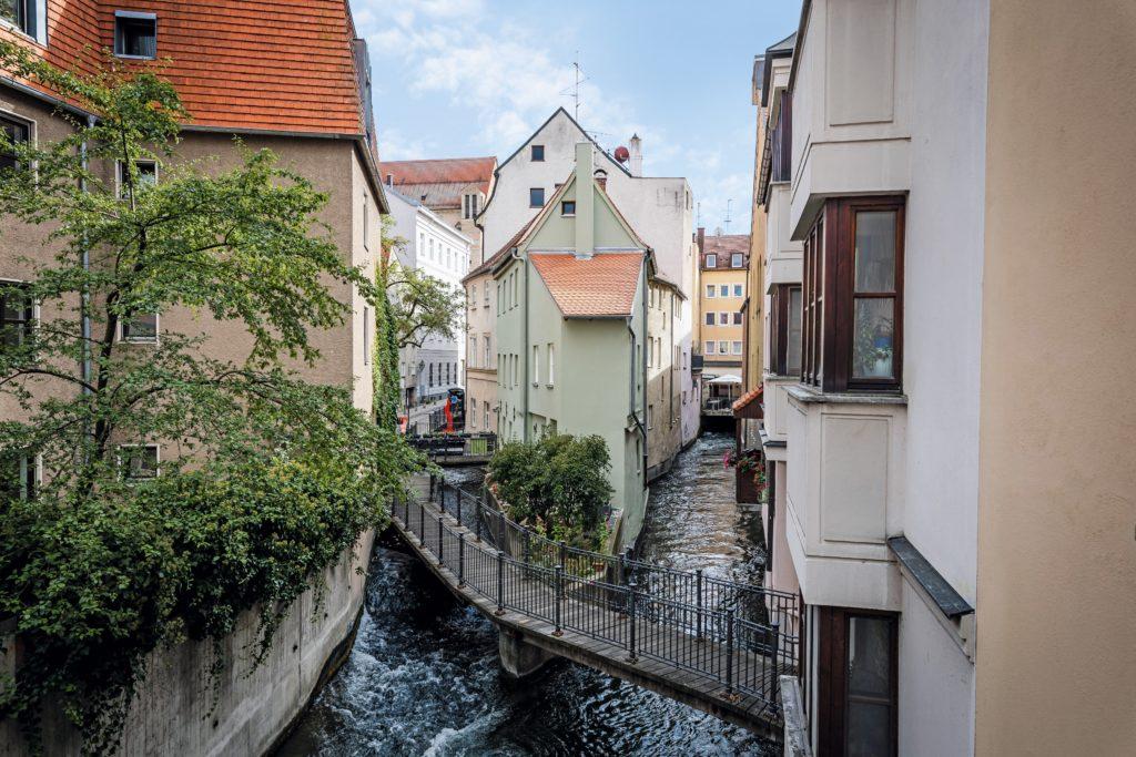 Hinterer-Lech-Augsburg_Familienausflug-Augsburg_Wassermangement-System-Augsburg-Tour_Augsburg-mit-Kindern-entdecken_Ausflug-Augsburg-Kinder