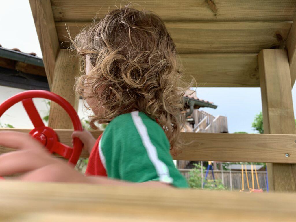 bewegung-kinder-zuhause_spielturm-test
